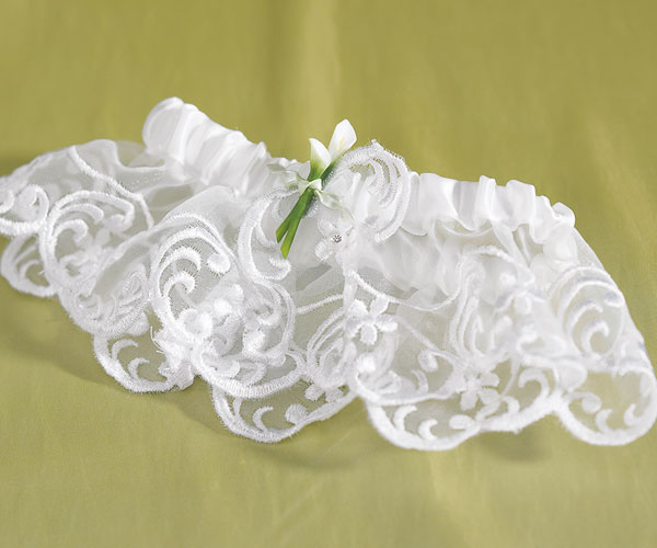 Couture Garters For Wedding: Bridal Beauty Calla Lily Bridal Garter
